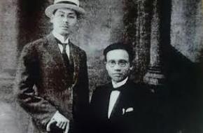 Hai nhà văn hóa Phạm Duy Tốn và Phạm Quỳnh (phải) năm 1922