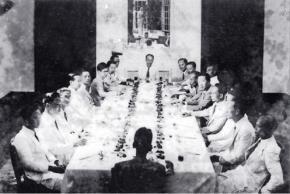 Một buổi họp của Cính phủ lâm thời Việt Nam Dân chủ Cộng hòa