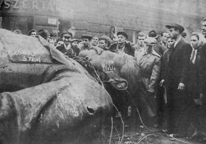 Lênin hay Stalin làm cho Liên Xô tan rã?
