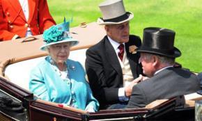 Những chiếc mũ lộng lẫy của giới quý tộc Anh