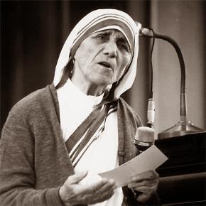 Mẹ Teresa nói chuyện