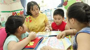 Giáo viên đang ít đọc sách?