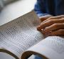 Vì sao người Việt không mê đọc sách?